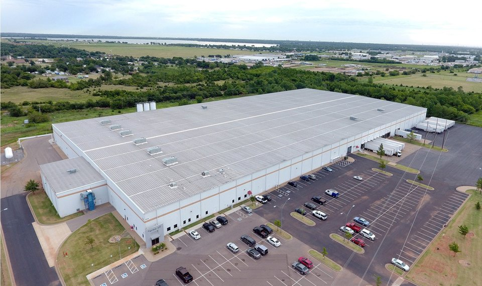 Dallas property investor buys more big industrial in ...