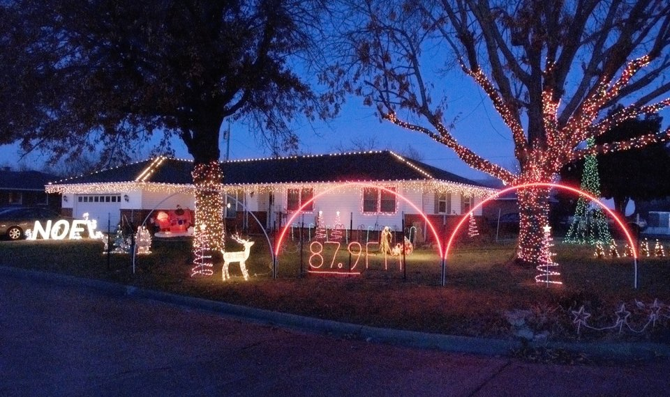 kirk williams christmas display is at 1206 d street ne in miami