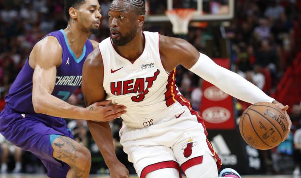 Dwyane Wade s impact goes beyond basketball for Thunder 80dea846c4503