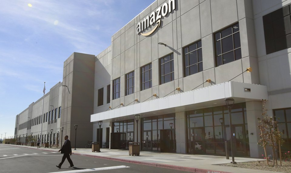Airport Trust Approves Preliminary Amazon Lease Agreement