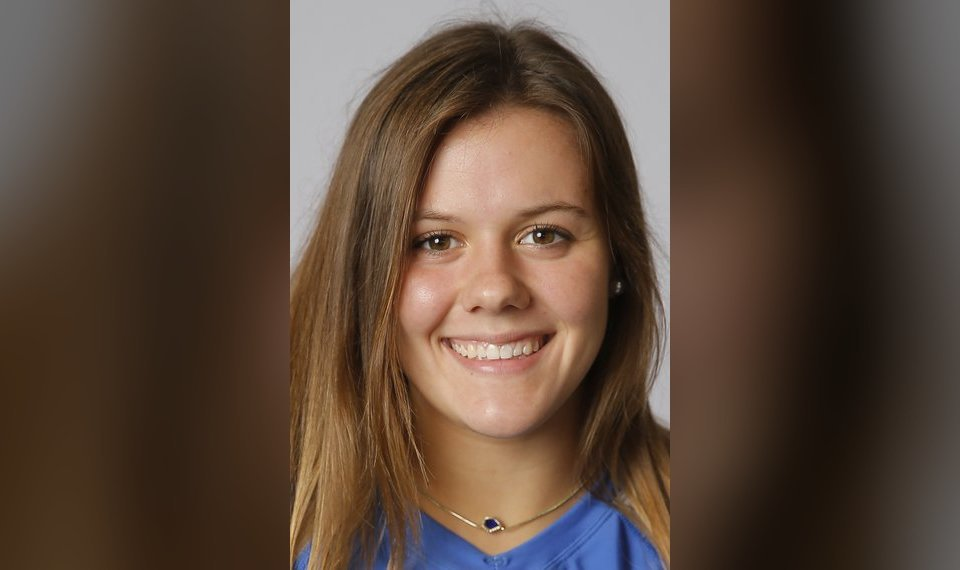 Deer Creek's Teagan Polcovich commits to play beach volleyball...