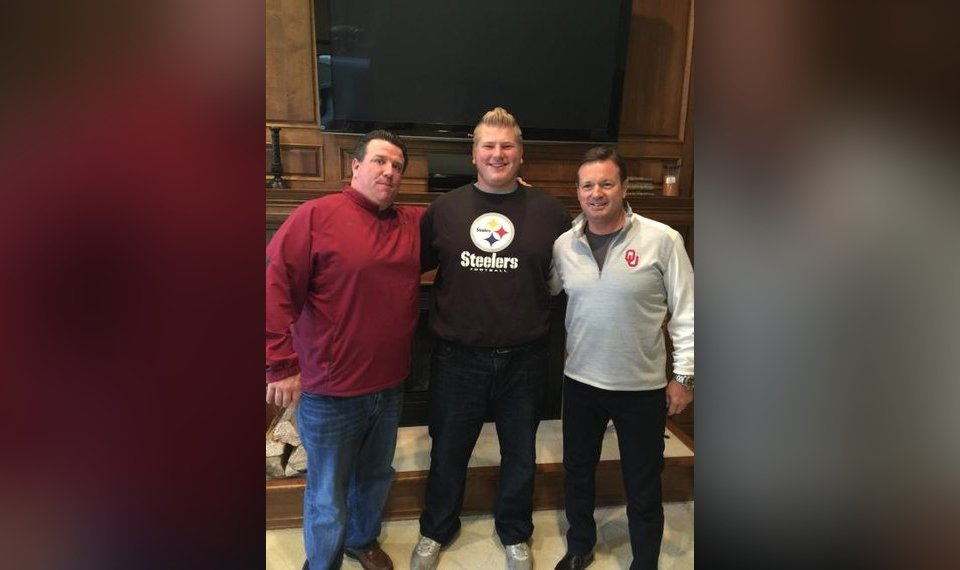 9368665fac26 OU football  Ben Powers  family trades Steelers fandom for Ravens after NFL  Draft