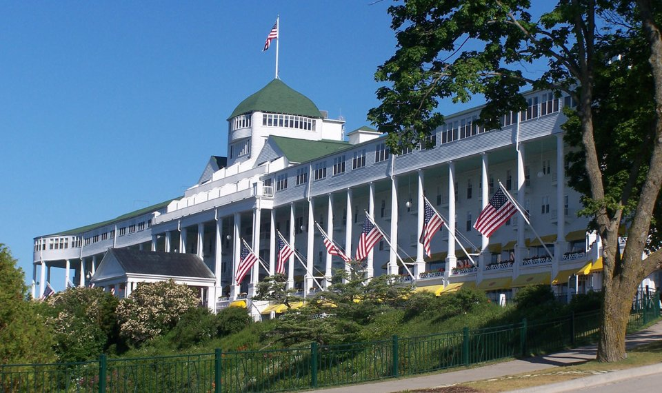 The Grand Hotel On Mackinac Island Michigan Claims To Have Longest Porch In
