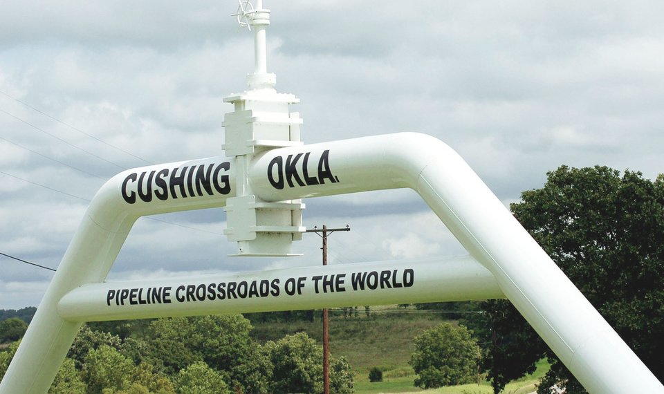 Traders turn to Cushing as oil stockpile increases
