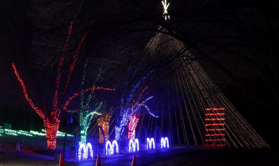 the downs family christmas light ministry light display will begin thanksgiving the oklahoman archives