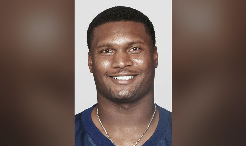 Former Houston Oilers Tennessee Ans And Baltimore Ravens Quarterback Steve Mcnair Ap Photo