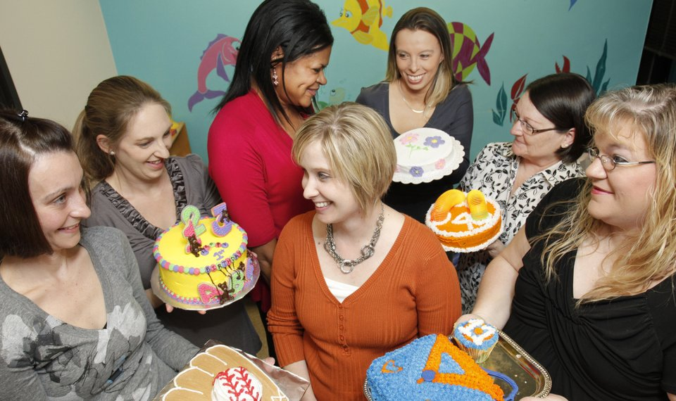 Tremendous Group Hopes Birthday Cakes Will Bring Smiles To Oklahoma Foster Personalised Birthday Cards Petedlily Jamesorg