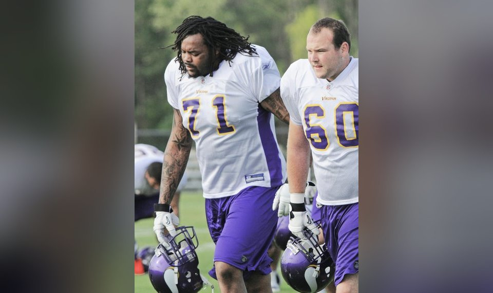 Former Sooner Phil Loadholt questionable for Vikings' game with ...