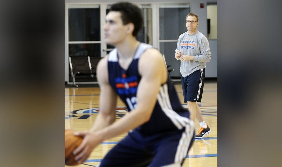 on sale 5c380 885fb Related Photos Coach Scott Brooks looks on as Steven Adams prepares to take  a shot during the Oklahoma