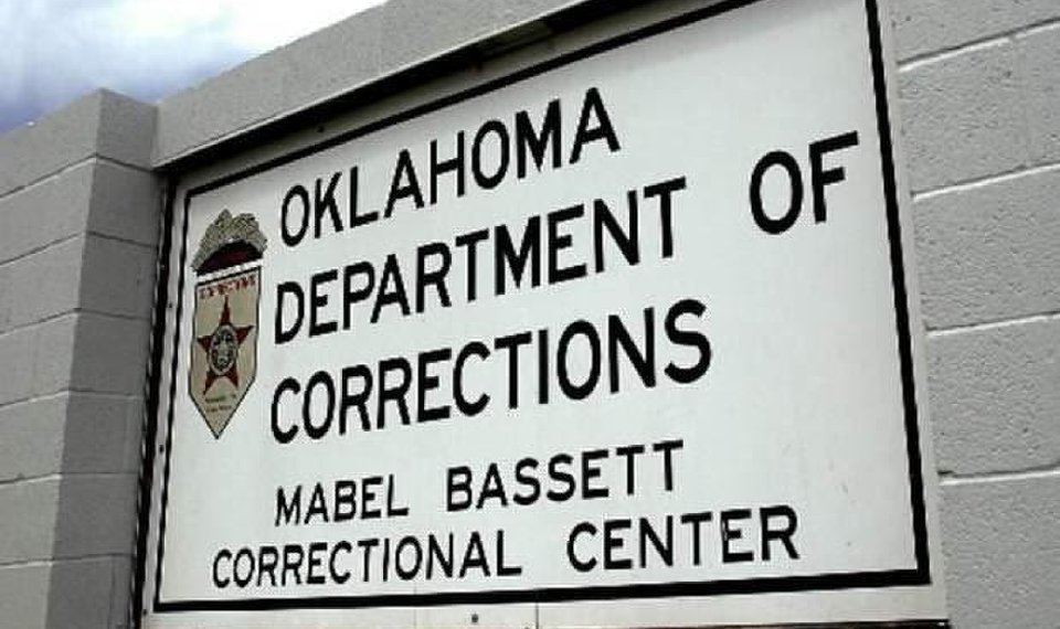 oklahoma female prison dating services