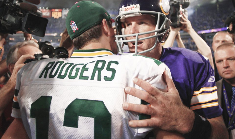 Packers Head For Super Bowl In Blur Of >> Brett Favre Takes It To Green Bay Packers