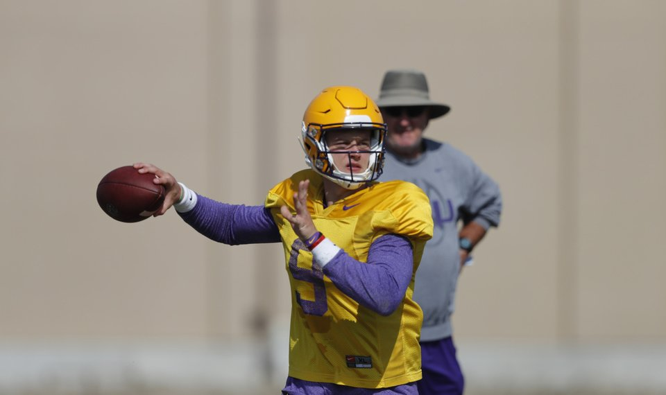 With new offense, new digs, LSU eyes 'special' 2019 season