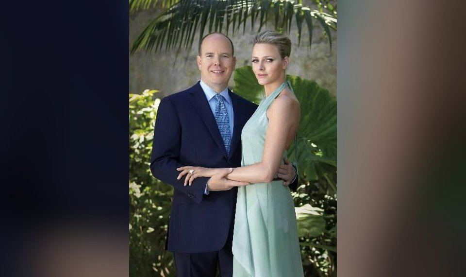 Dec 2014. Before dating Prince Albert, Princess Charlene competed in the South African National Swimming Championships in April.