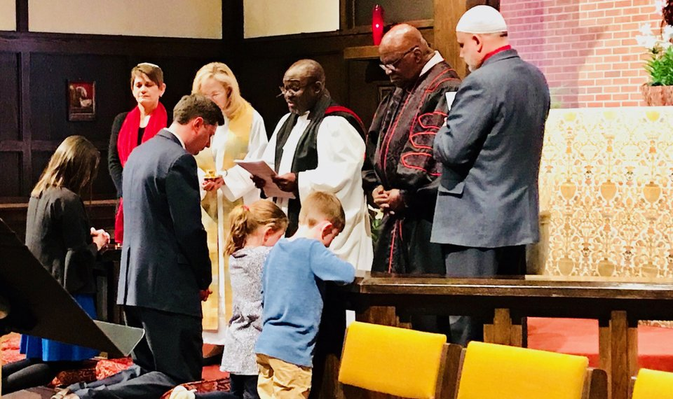 Faith leaders offer prayers for mayor-elect and city