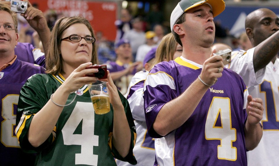 362b167bde3 FILE - In this Aug. 21, 2009 file photo, Minnesota Vikings fans wait