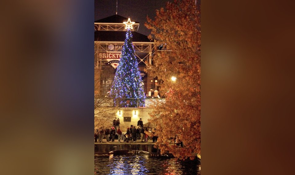 Related Photos The Oklahoma City Christmas tree is lit Friday in Bricktown in Oklahoma City. PHOTO BY & Oklahoma Cityu0026#8217;s a star as tree glows