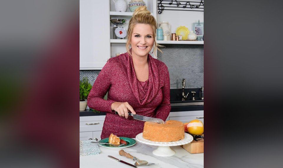 Interview Photos And Video Trisha Yearwood Premieres 10th