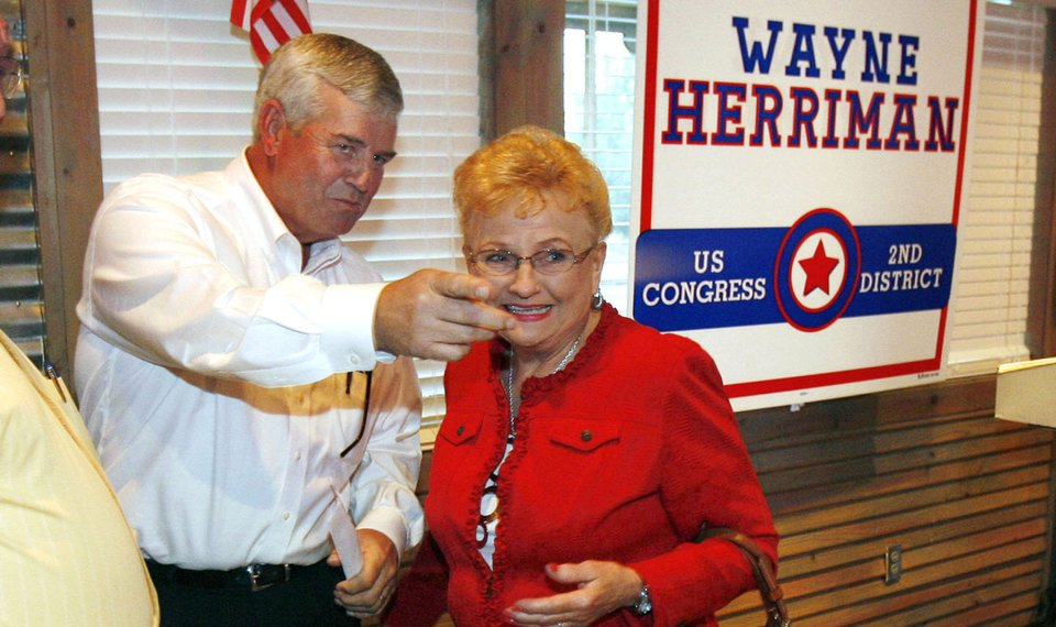 Mullin Wallace Cruise To Victory In Oklahoma 2nd Congressional