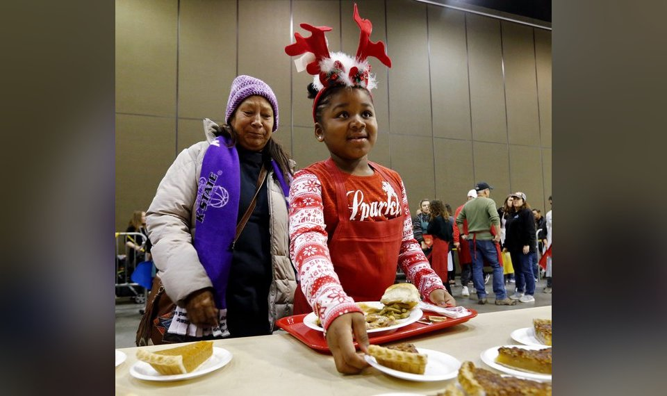 red andrews christmas dinner has 71st year
