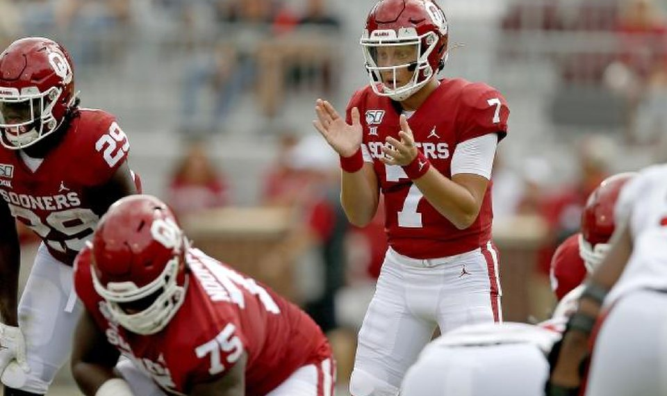 Ou Football Sooners Qb Spencer Rattler Ready For Big Stage But Realizes He S Got To Work