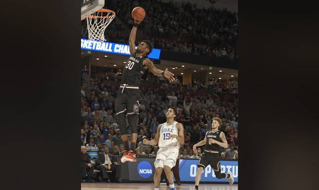 Thornwell's 24 lifts SC to upset Duke