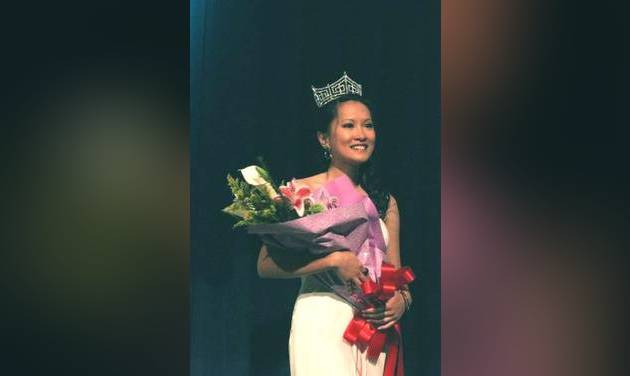 Kim Pham, UCO Vietnamese international student winning the Miss Asia Oklahoma 2009 pageant. Photo taken by Omar Thabit