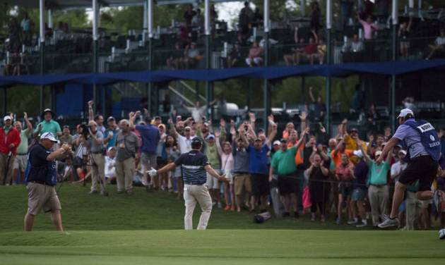 Dramatic late eagle from Kevin Kisner sends Zurich Classic to Monday play-off