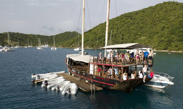 A party on the water - The Caribbeans 5 best floating
