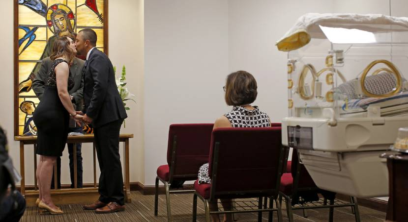 Wedding at The Children's Hospital at OU Medical Center in Oklahoma City