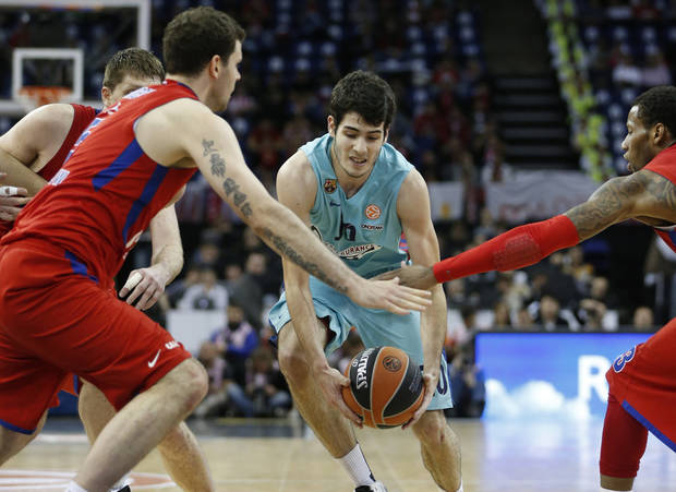 Alejandro Abrines, center, a 2013 Thunder draft pick, played for FC Barcelona Regal in Spain this past season.                     AP photo