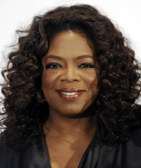 Vogue editor anna wintour suggested oprah lose weight file in this dec 5 2008 file photo oprah winfrey arrives at the hollywood reporters annual women in entertainment breakfast in beverly hills calif ccuart Image collections