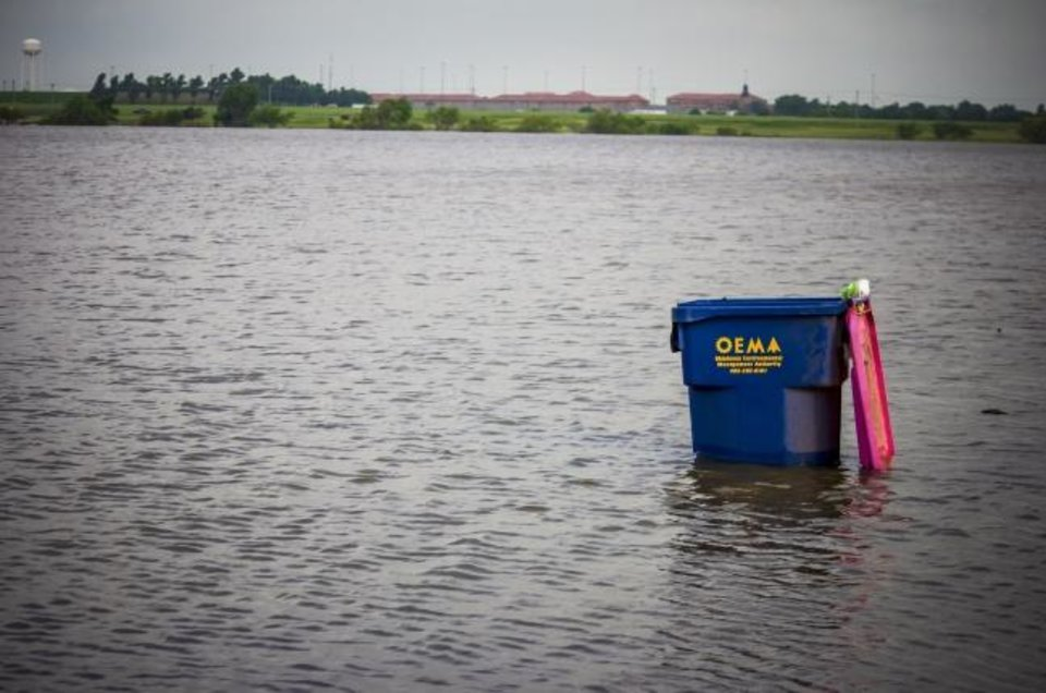 Photo -  Lake El Reno has more water than area residents remember it ever having. [Chris Landsberger photos/The Oklahoman]