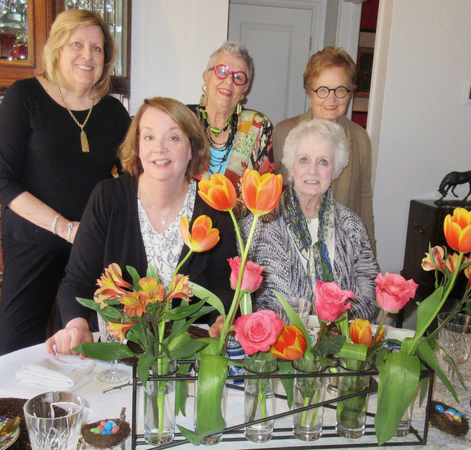 Photo - Judy Wood, Felicia Kiplinger, Liz McGuinness, Barbara Kerrick, Marge Feighny. HELEN FORD WALLACE PHOTOS/THEOKLAHOMAN