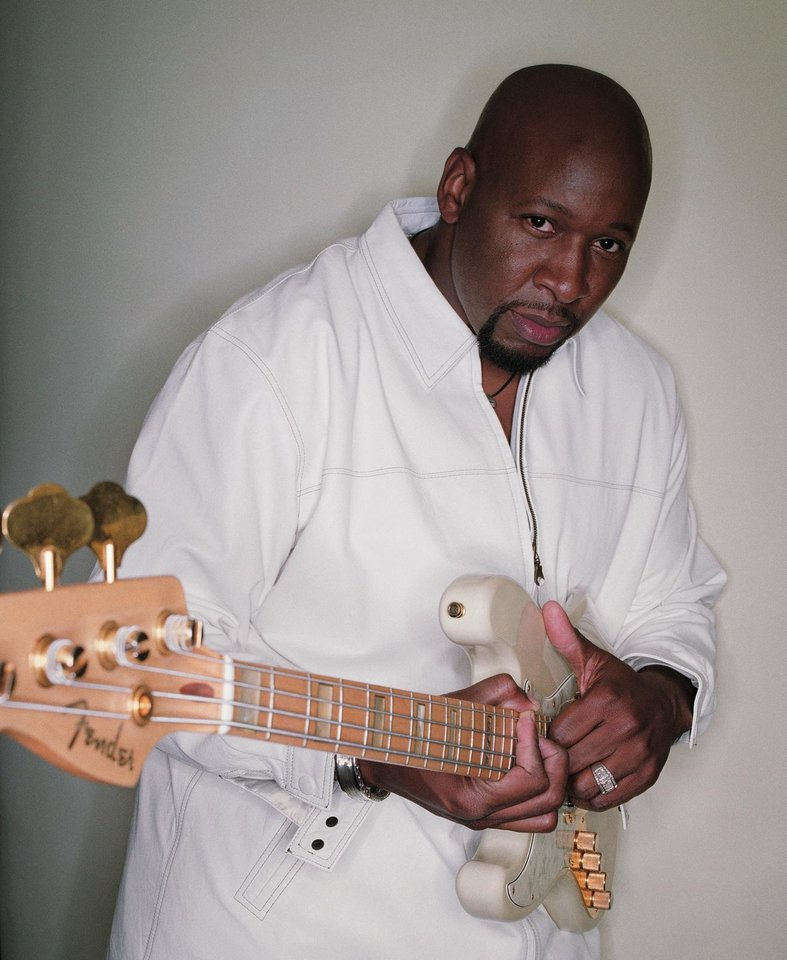 Photo - Wayman Tisdale, jazz bass guitarist and former basketball player.