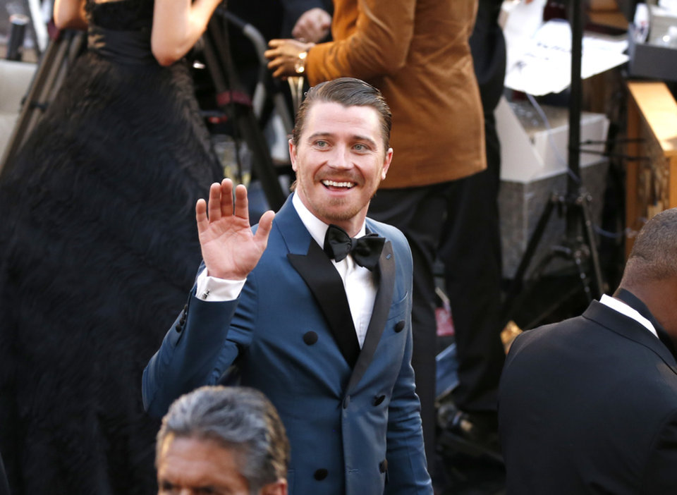 Photo - Garrett Hedlund arrives at the Oscars on Sunday, March 4, 2018, at the Dolby Theatre in Los Angeles. (Photo by Eric Jamison/Invision/AP)