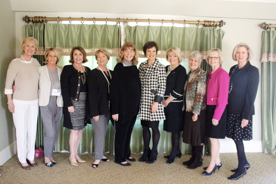 Photo -  Anne Looney, Kathy Loggie, Judy Phillips, Susie Graves, Betsy Felton, Janie Axton, Barbara Thornhill, Sarah Montgomery, Genie Stone, Mary Lynn West. [PHOTOs BY PENNY MCCALEB]