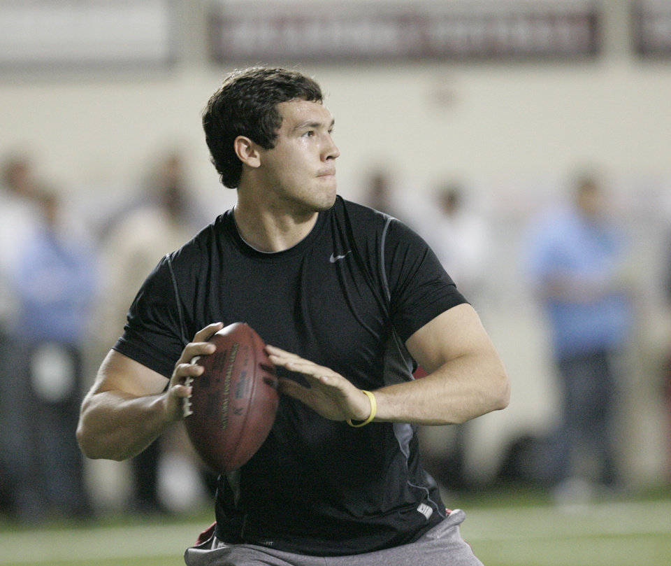 Photo -  NFL FOOTBALL / PROFESSIONAL FOOTBALL / PRO FOOTBALL: Sam Bradford throws a pass during his NFL Pro Day workout at the Everest Training Center at The University of Oklahoma (OU) in Norman, Oklahoma March 29 , 2010. Photo by Steve Gooch, The Oklahoman ORG XMIT: KOD