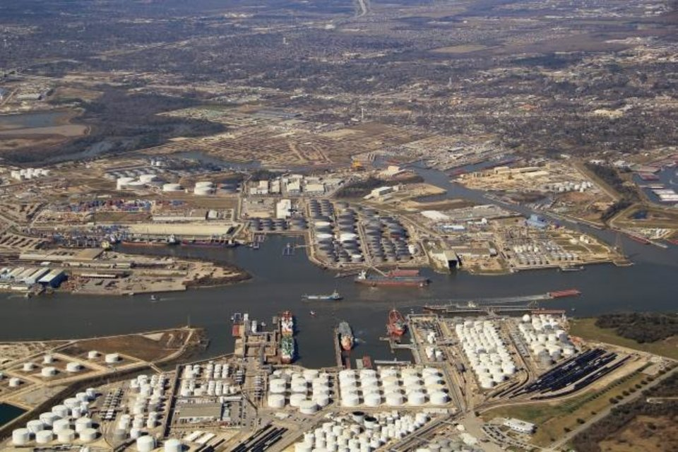 Photo -  The Houston Fuel Oil Terminal, acquired by SemGroup in 2017, plays a significant role in exporting U.S. crude overseas.