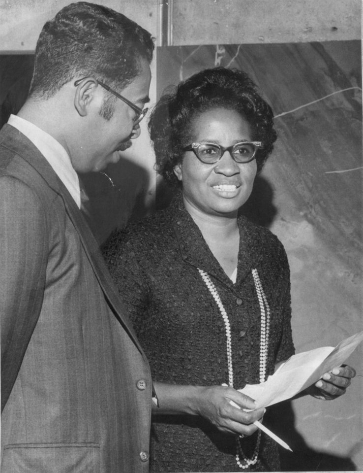 Photo - Clara Luper and Melvin Porter  11/22/71