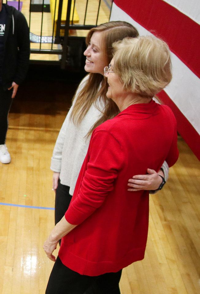 "Photo - Rachel Leach poses for a ""selfie"" with Sen. Elizabeth Warren after a rally  in Oklahoma City at Northwest Classen High School, her alma mater, Sunday, December 22, 2019. [Photo by Doug Hoke/The Oklahoman]"