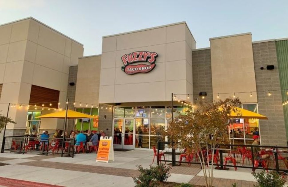 Photo -  A Fuzzy's Taco Shop location during better times for retail. [NAI SULLIVAN GROUP]