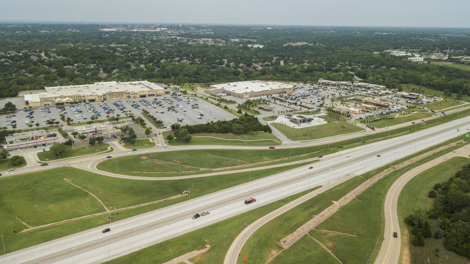 Photo - This aerial photo shows development along I-35 in Edmond. [Photo by Dave Morris, The Oklahoman archives]