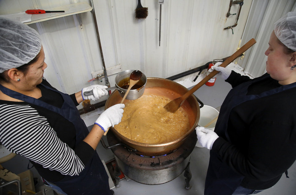 Photo -  Workers prepare a batch of Aunt Bill's Brown Candy.Photo by Jim Beckel, The Oklahoman   Jim Beckel -  THE OKLAHOMAN