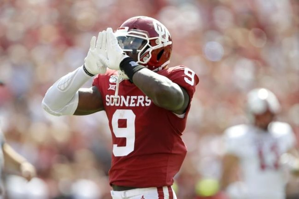 "Photo -  The Sooners will need Kenneth Murray to bounce back from a season-low, four-tackle outing two weeks ago at Kansas State.  ""I've got to get us off the field,"" the linebacker said. [Bryan Terry/The Oklahoman]"