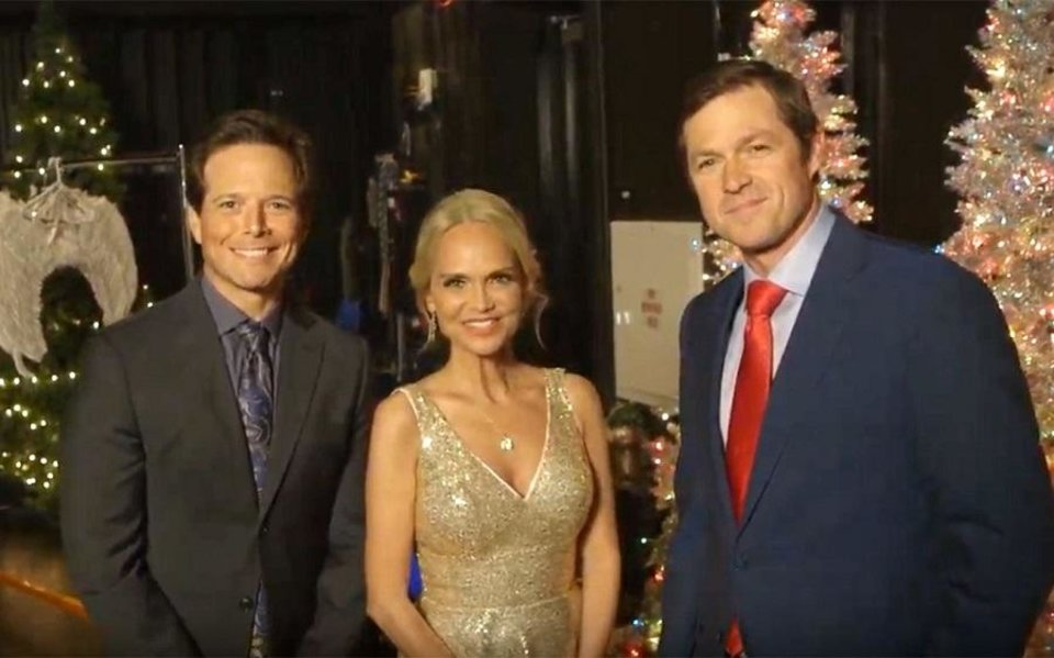 Photo - Scott Wolf, left, and Kristin Chenoweth star in the upcoming Hallmark Channel film