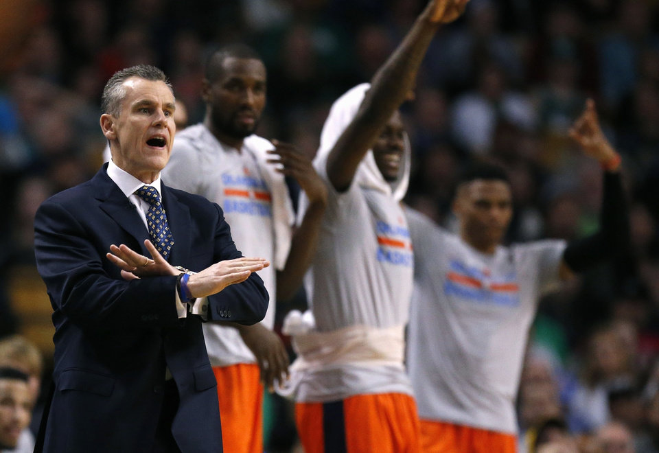 Photo - Oklahoma City coach Billy Donovan, left, will lead his Thunder team down a stretch that includes several playoff contenders. (AP Photo)
