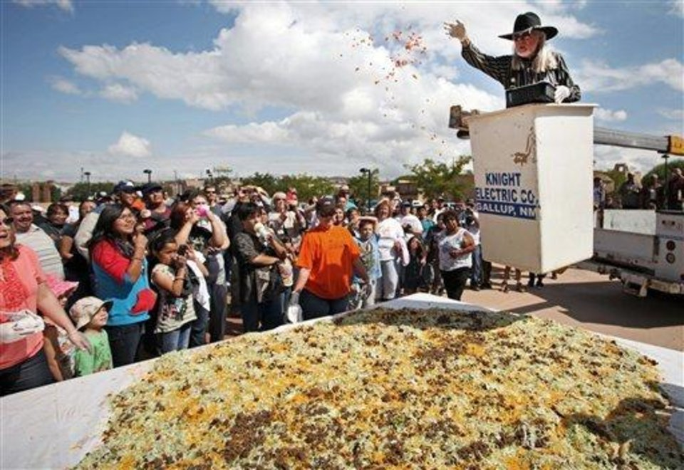 Gallup builds 'world's largest Navajo taco' - Article Photos