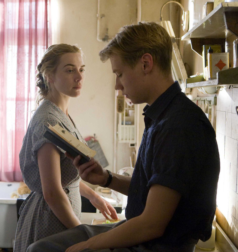 Photo - MOVIE: Kate Winslet and David Kross star in