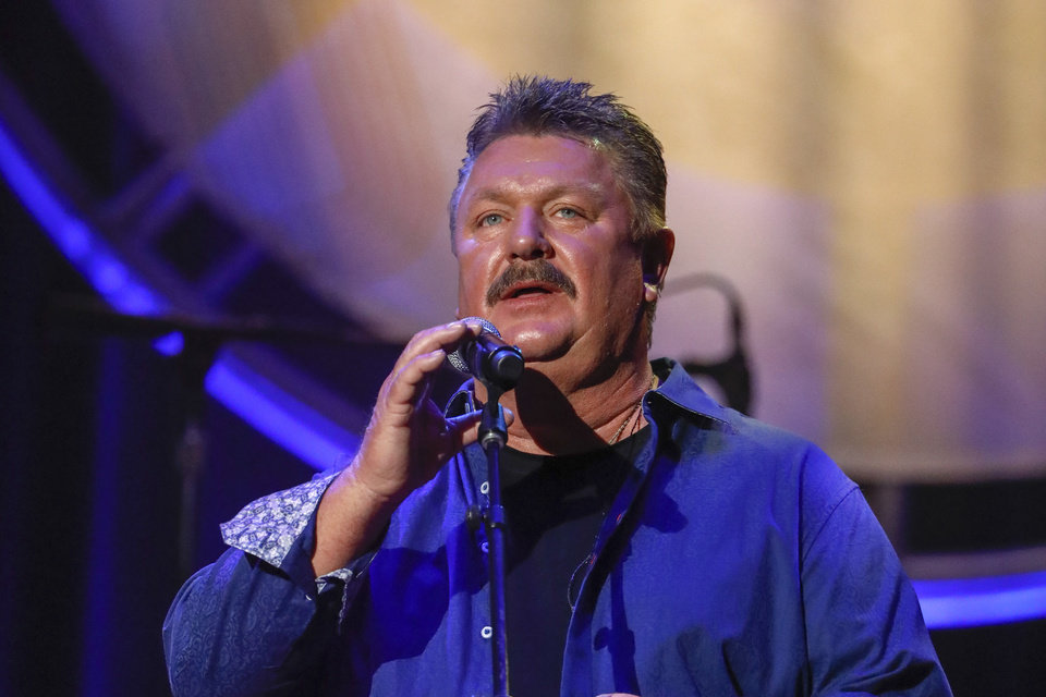 Photo - Joe Diffie performs at the 12th Annual ACM Honors at the Ryman Auditorium on Wednesday, Aug. 22, 2018 in Nashville, Tenn. (Photo by Al Wagner/Invision/AP)