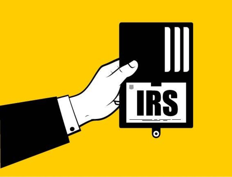 Photo - Travis Watkins cautions that IRS Revenue Officers don't presently have to read you your rights when collecting taxes.